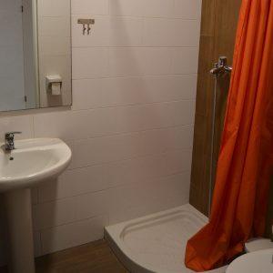 Alquiler trasteros Castellón con ducha